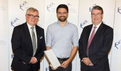 The Joseph Palmer Foundation awards annual prize to the Garvan Institute